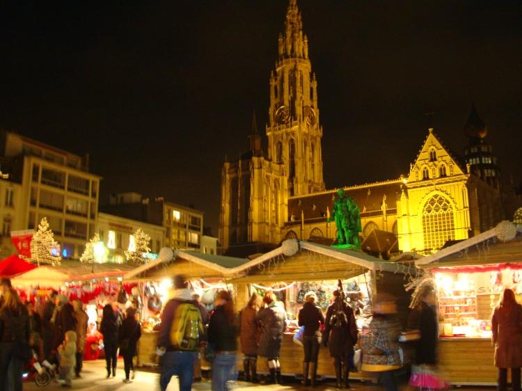 Kerstmarkt Antwerpen start 7 december 2013