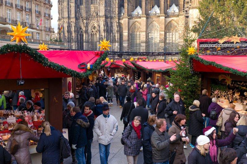 Kerstmarkten Keulen druk bezocht