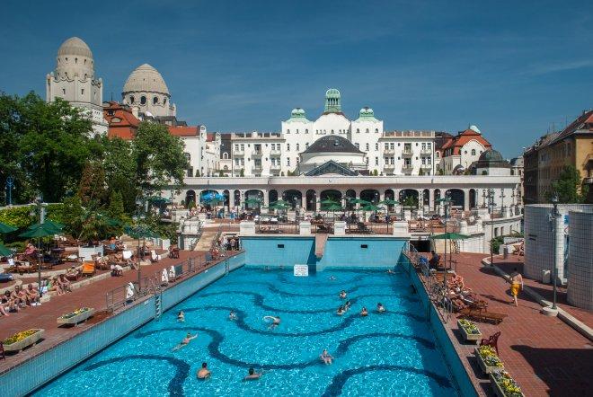Baden in Boedapest