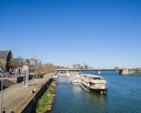 Maastricht en Luik vanaf het water