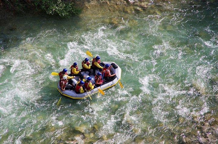 Vakantie en gevaarlijke sporten: Denk aan je reisverzekering!