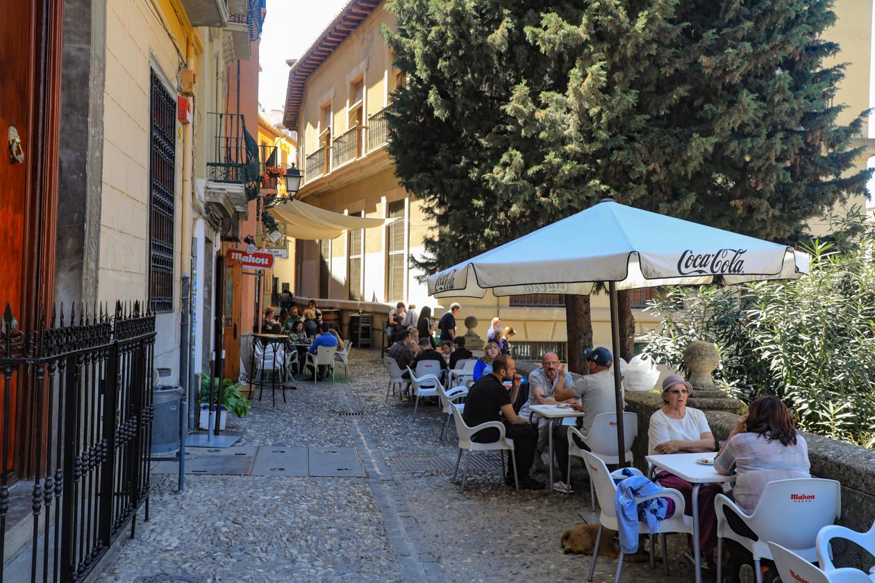 Enorme hitte teistert Spanje