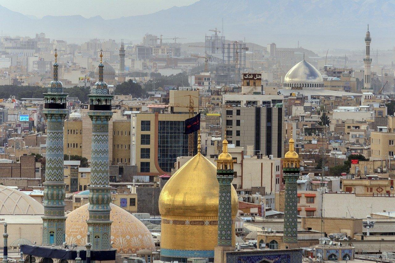 Wel of niet naar Iran reizen?