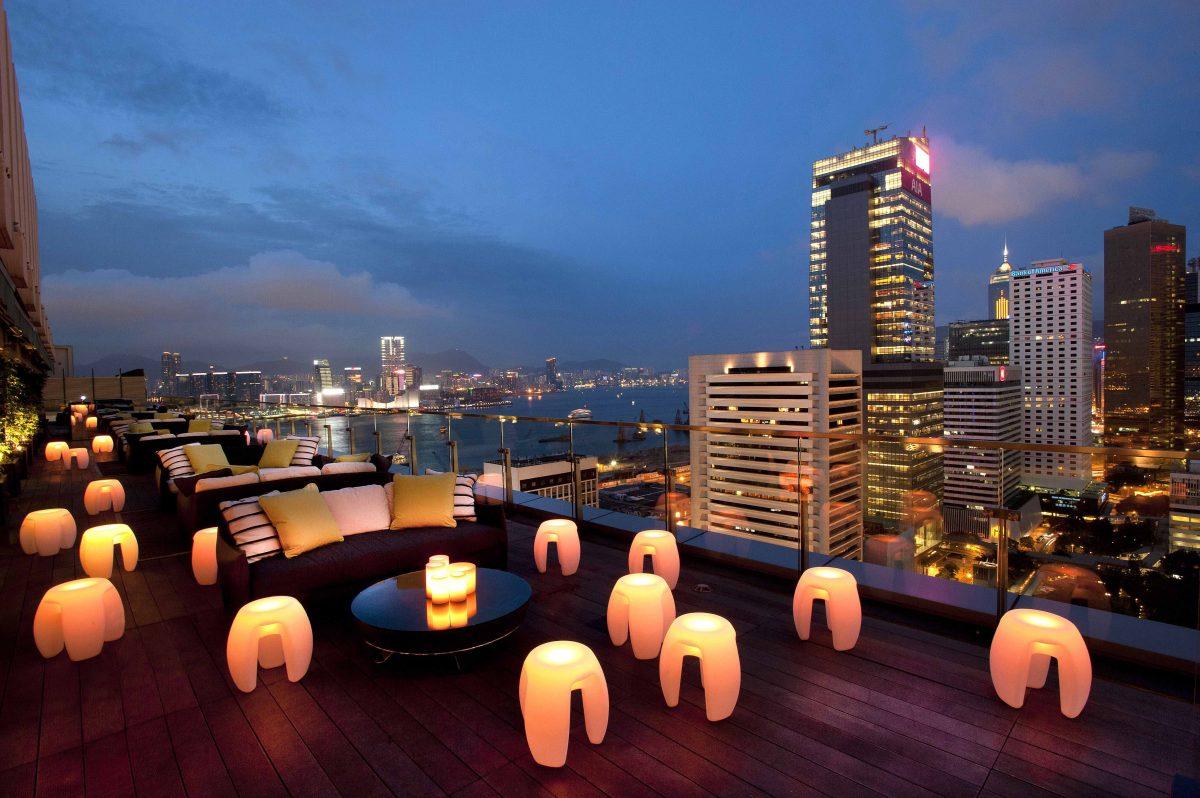 Top 10 rooftop bars in Hongkong